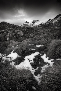 Cradle_Mountain_BW.jpg